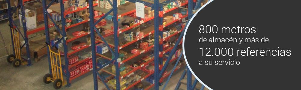 800 metros de almacén y más de 12.000 referencias a su servicio